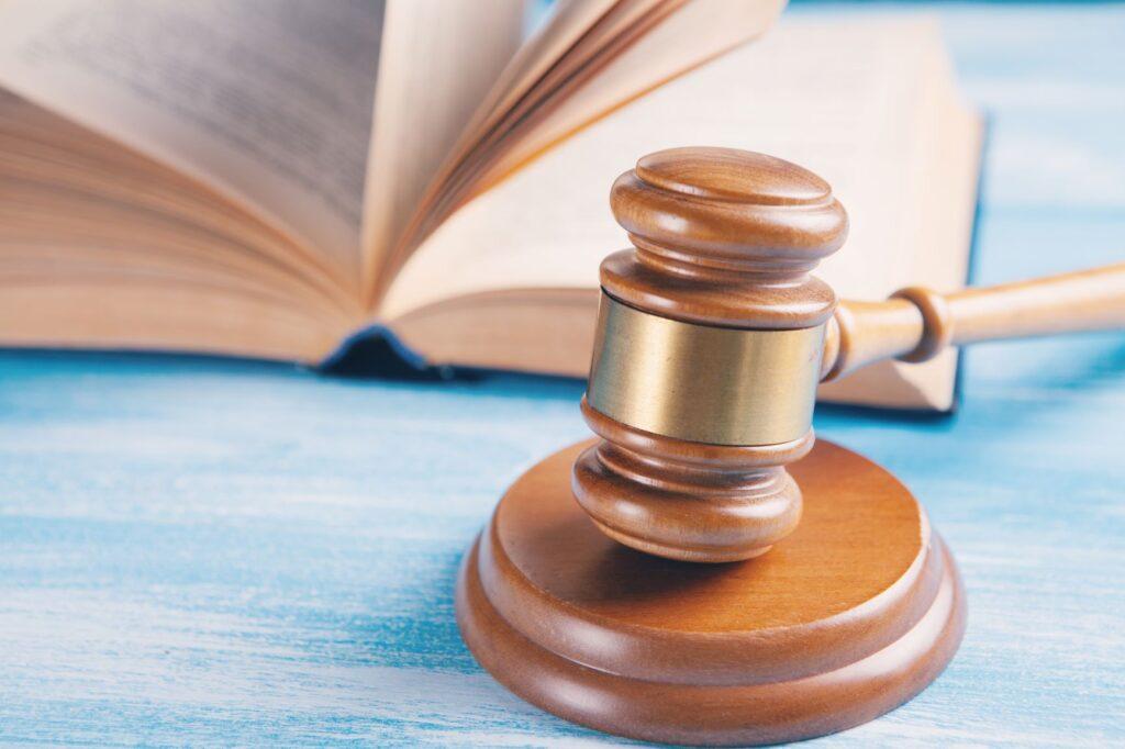 prawnik sądowy kraków